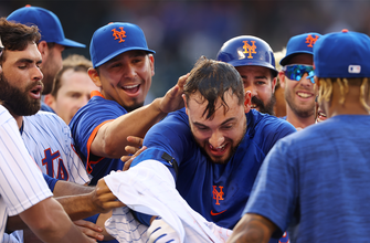 Michael Conforto's sac fly gives Mets 4-3 walk-off win over Phillies thumbnail