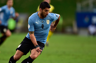 Luis Suárez breaks Uruguay's 444-minute scoreless drought, ties game 1-1 vs. Chile
