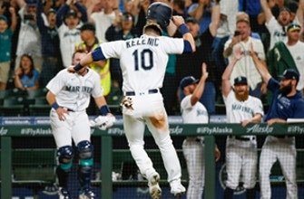 Mariners win on walk-off wild pitch as Mitch Haniger has monster night thumbnail
