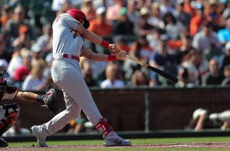 Matt Carpenter two-run single sparks Cardinals to 5-3 win over Giants