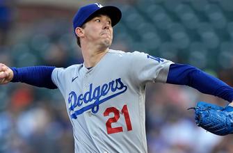 Walker Buehler fans eight in seven scoreless innings, Dodgers blank Giants, 8-0 thumbnail