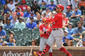 Joey Votto homers in sixth-straight game as Reds top Cubs, 7-4
