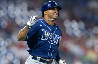 Wander Franco extends on-base streak to 30 games as Rays cruise to 6-1 win over Red Sox thumbnail