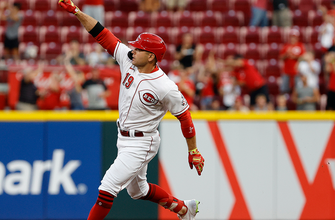 Joey Votto's 3-run HR helps Reds defeat Marlins, 6-1 thumbnail