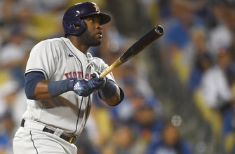 Yordan Álvarez's two-run homer seals Astros' 3-0 win vs. Dodgers thumbnail