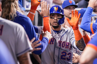 Javier Baez's homer pushes Mets past Marlins, 5-3 thumbnail