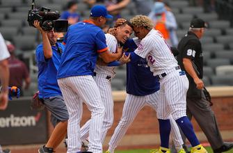 Javy Báez makes amends as Mets walk-off vs. Marlins, 6-5 thumbnail