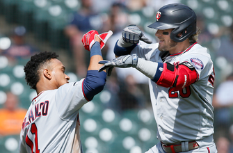 Josh Donaldson stays hot with 21st homer as Twins edge Tigers, 3-2