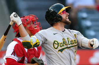 Jed Lowrie's walk-off sacrifice fly highlights A's win against Angels in extras, 3-2 thumbnail