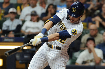 Brewers' offense explodes late, complete comeback against Cubs in 8-5 victory