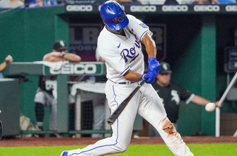 Michael A. Taylor goes 3-for-4 with three RBIs as Royals pull away against White Sox, 7-2 thumbnail