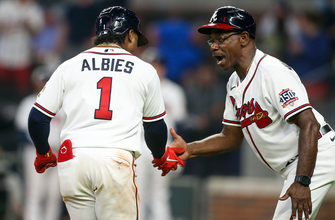 Ozzie Albies, Adam Duvall go yard as Braves top Nationals, 8-5 thumbnail