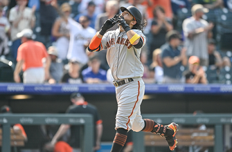 Brandon Crawford homers, Giants come back to defeat Rockies, 7-4 thumbnail