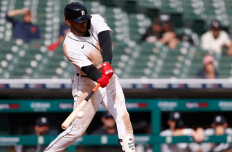 Victor Reyes goes 4-for-4 with two RBI's, Tigers top White Sox, 5-3 thumbnail