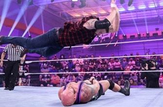 Josh Briggs y Brooks Jensen contra Keegan Scott y Taylor Garland: WWE 205 Live, 15 de octubre de 2021