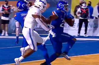 Boise State ties game with Air Force 14-14 behind 11-yard touchdown run by Andrew Van Buren