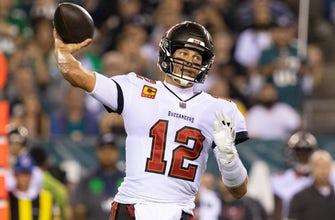 Tom Brady, Leonard Fournette carry Buccaneers to a 28-22 victory over Eagles thumbnail