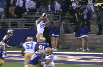 Greg Dulcich hauls in nine-yard TD to put UCLA up 24-17 on Washington