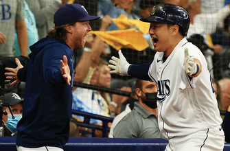 Ji-Man Choi's home run narrows Red Sox' lead over Rays, 8-6 thumbnail