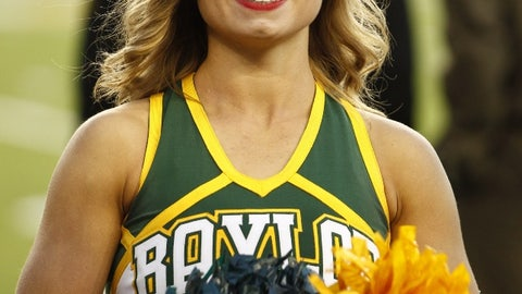 Baylor cheerleader