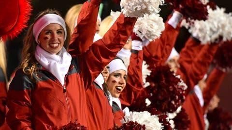 Arkansas cheerleaders