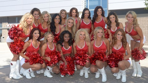 Cardinals cheerleaders