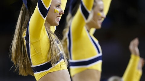 Michigan cheerleaders