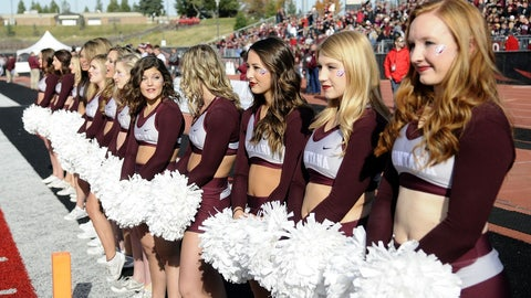 Montana cheerleaders