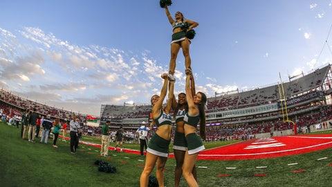 Tulane cheerleaders