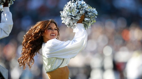 Raiders cheerleader
