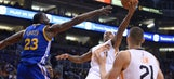 Suns' fourth-quarter crew sends Warriors to first loss