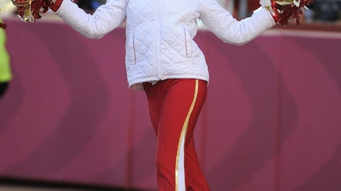 Chiefs cheerleader