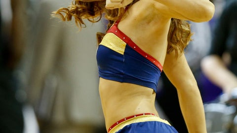 New Orleans Pelicans dancer