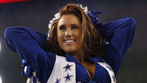 Cowboys cheerleader