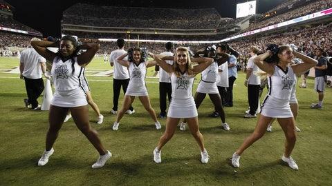 Rice cheerleaders