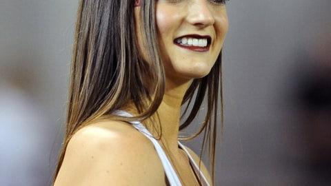 Washington State cheerleader