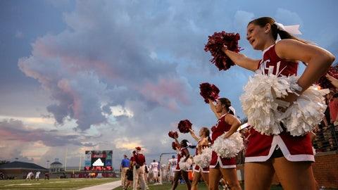 Troy cheerleaders
