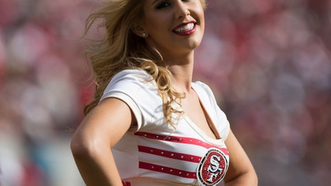 NFL cheerleaders: Week 6