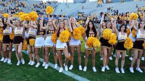 College football cheerleaders