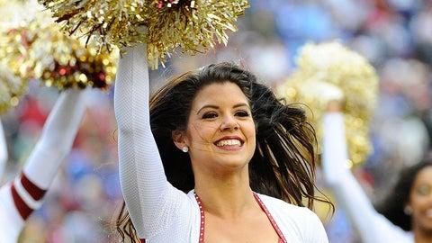 NFL cheerleaders in pictures
