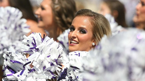 Kansas State cheerleaders