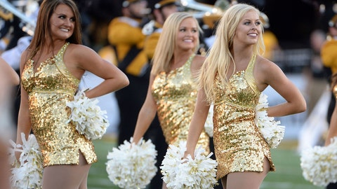 Missouri cheerleaders