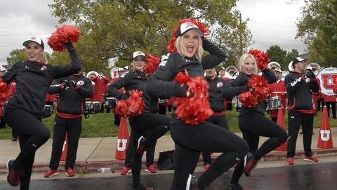 Utah cheerleaders