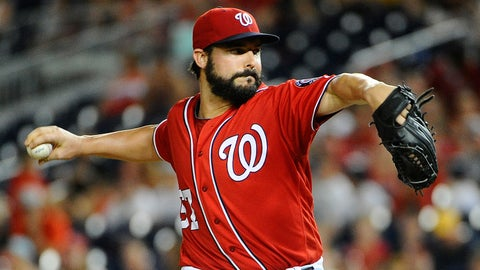 Nationals starting pitcher Tanner Roark