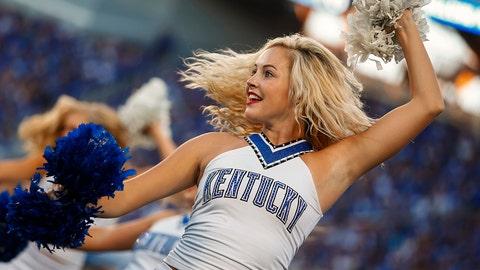 College football cheerleaders: Week 1