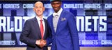 Hornets rookie Vonleh has sports hernia surgery, out 6-8 weeks
