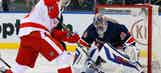 Lundqvist lifts Rangers over Red Wings