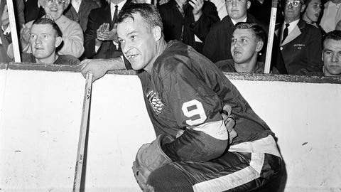 Gave: The two sides of Gordie Howe