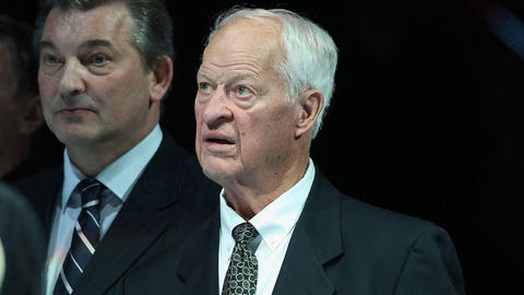 Don't bet on Saskatoon event to be Gordie Howe's final public appearance