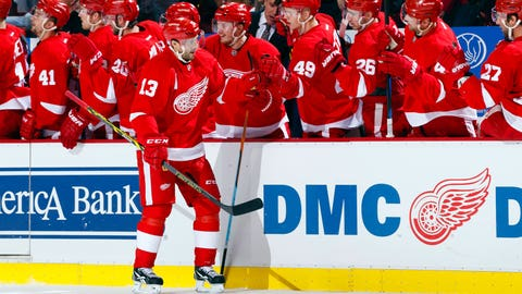 Datsyuk leads Red Wings over Kings